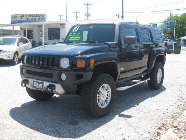 2009 HUMMER H3 SUV Adventure at Gilliam Auto Sales in Marble Falls TX
