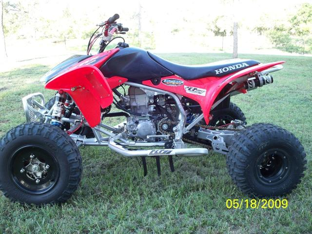 2007 Honda TRX 450R   at Lucas Mopars in Cuero TX