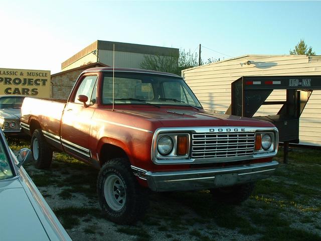 1978 Dodge powe wagon  at Lucas Mopars in Cuero TX