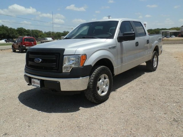 2013 Ford F-150 CREW CAB 4X4 at Texas Frontline Trucks in Canton TX