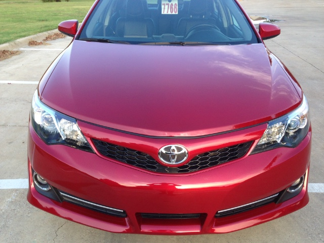 2014 Toyota Camry SE at Texas Topline Motors in Dallas TX