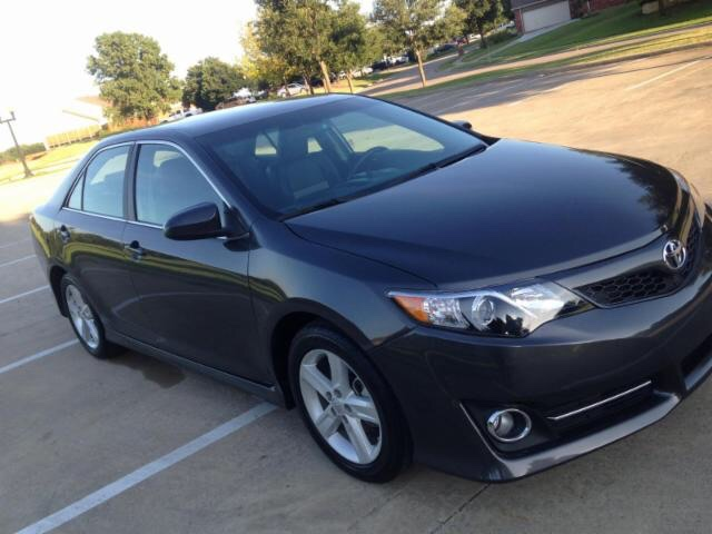 2013 Toyota Camry SE at Texas Topline Motors in Dallas TX
