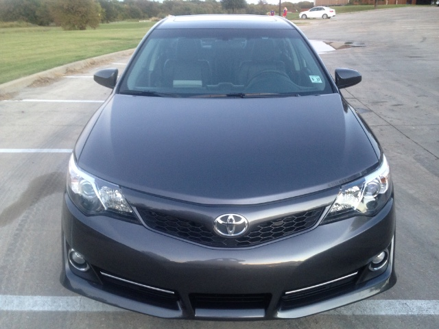 2012 Toyota Camry SE at Texas Topline Motors in Dallas TX
