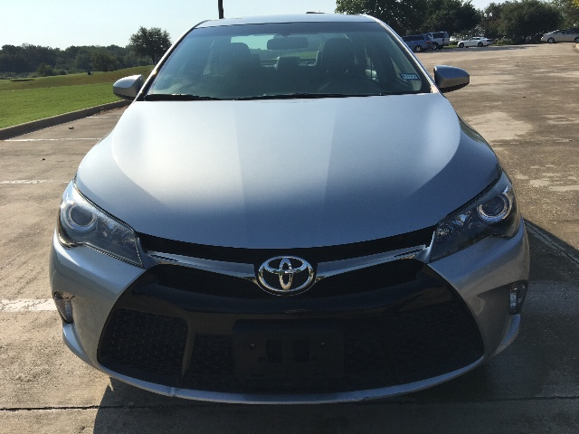 2015 Toyota Camry SE at Texas Topline Motors in Dallas TX