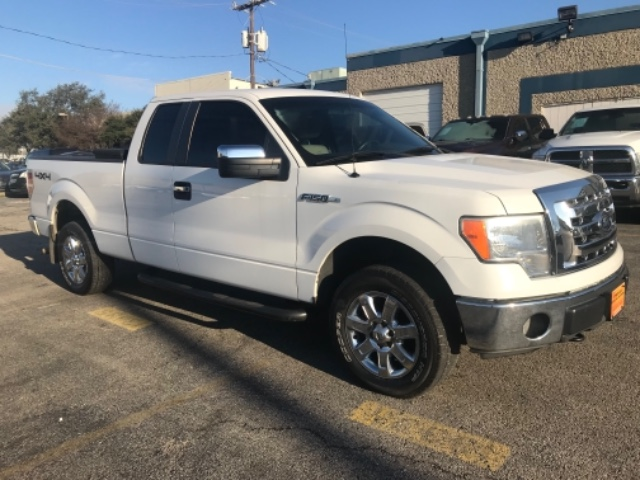 2009 Ford F-150 4WD XL SuperCab at Texas Topline Motors in Dallas TX