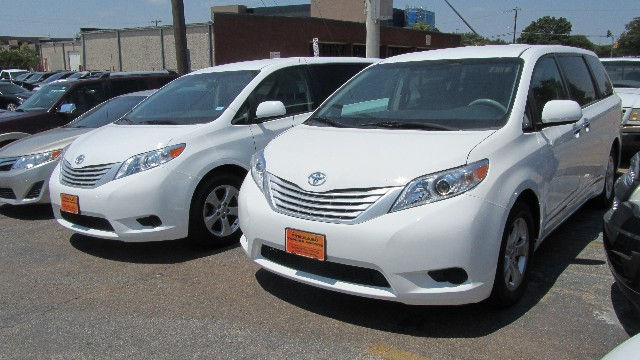 2013 Toyota Sienna L at Texas Topline Motors in Dallas TX