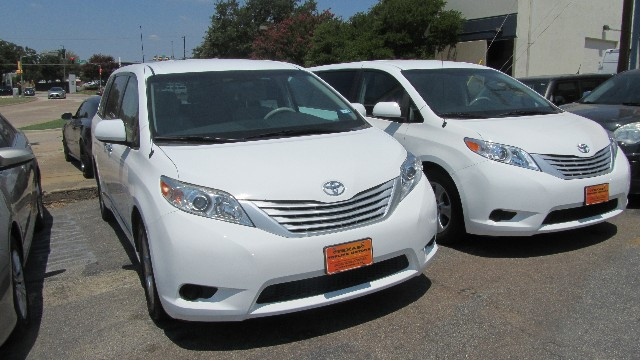 2014 Toyota Sienna L at Texas Topline Motors in Dallas TX