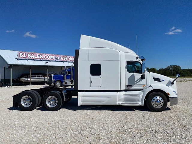 2019 Peterbilt 579 Sleeper at 61 Sales in Troy MO