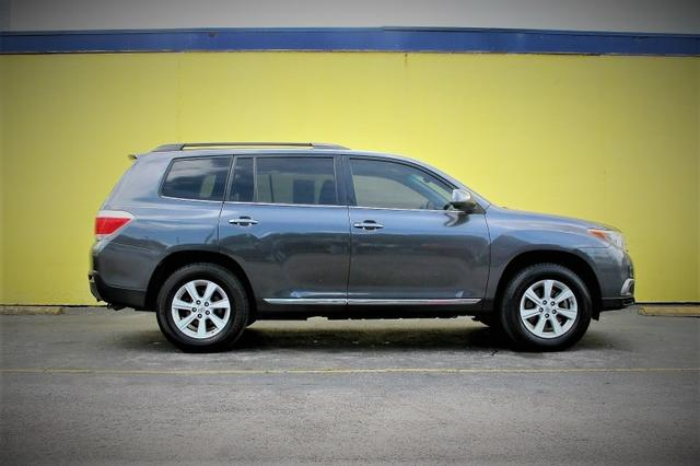 2011 Toyota Highlander   at Auto Credit in Austin TX