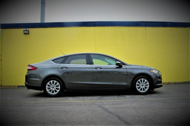 Ford Fusion S - 2016 Ford Fusion S - 2016 Ford S