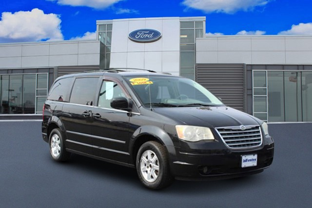 more details - chrysler town & country