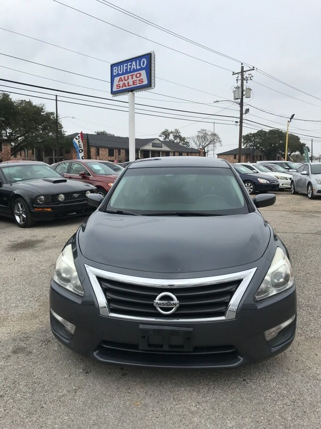 more details - nissan altima sedan