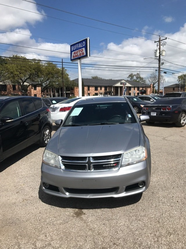 more details - dodge avenger