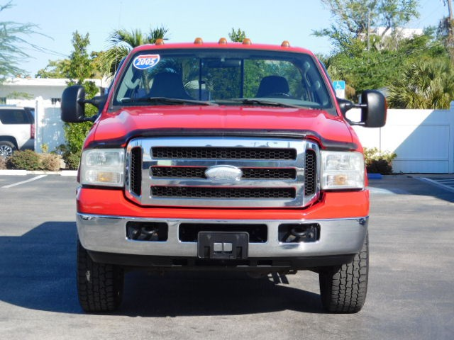 Ford Super Duty F-250 Vehicle Image 02