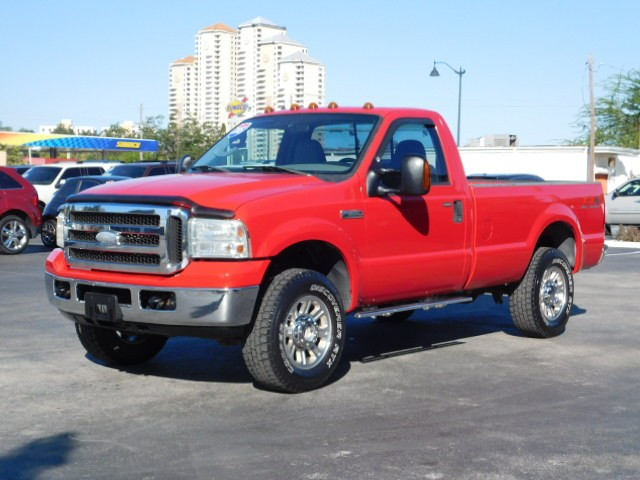 Ford Super Duty F-250 Vehicle Image 03