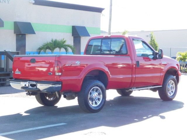 Ford Super Duty F-250 Vehicle Image 08