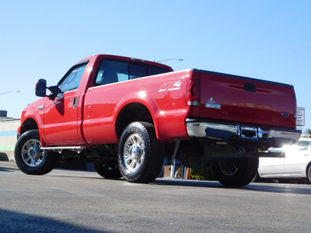 Ford Super Duty F-250 Vehicle Image 21