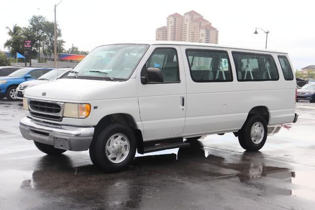 Ford Econoline Vehicle Image 03