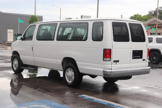 Ford Econoline Vehicle Image 06