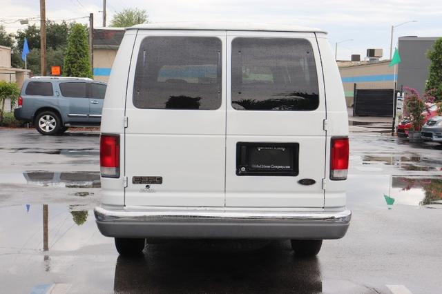 Ford Econoline Vehicle Image 07