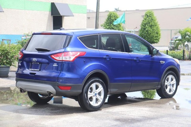 Ford Escape Vehicle Image 08