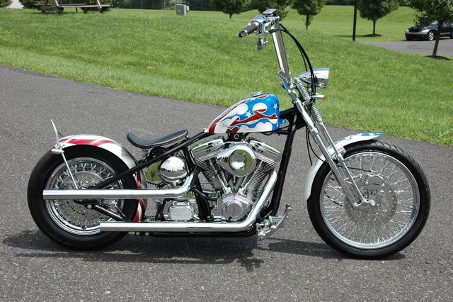 Other ACM Red White & Blue Bobber! Vehicle Image 01