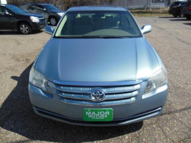 2007 Toyota Avalon XL image 07