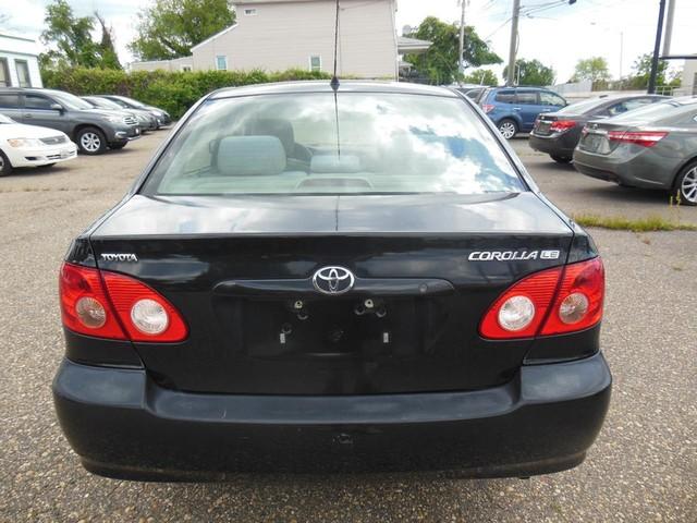 2005 Toyota Corolla LE image 03