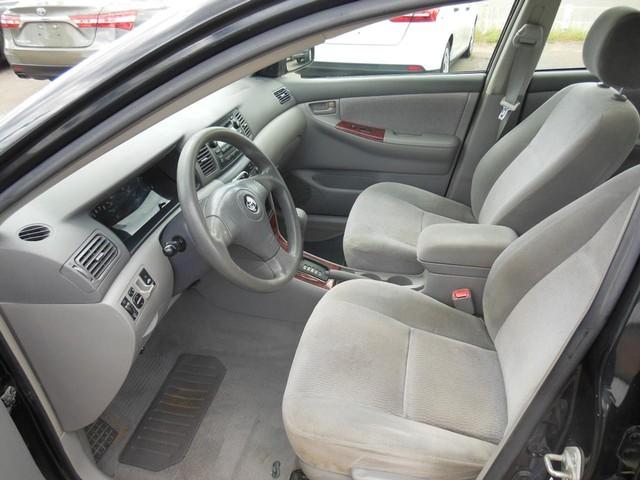 2005 Toyota Corolla LE image 06