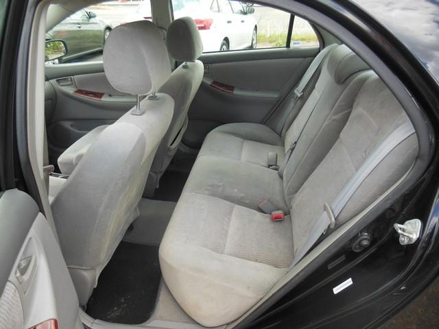 2005 Toyota Corolla LE image 07