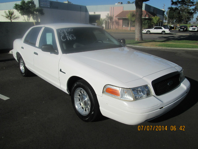 2001 Ford Crown Victoria CNG at Wild Rose Motors - PoliceInterceptors.info in Anaheim CA