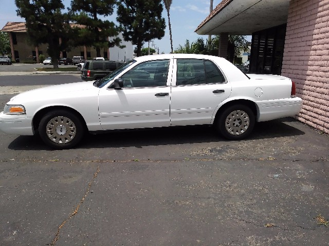 2004 Ford Crown Victoria   at Wild Rose Motors - PoliceInterceptors.info in Anaheim CA