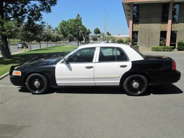 2011 Ford Crown Victoria Police Interceptor photo