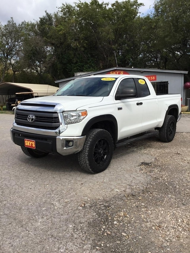more details - toyota tundra 4wd truck