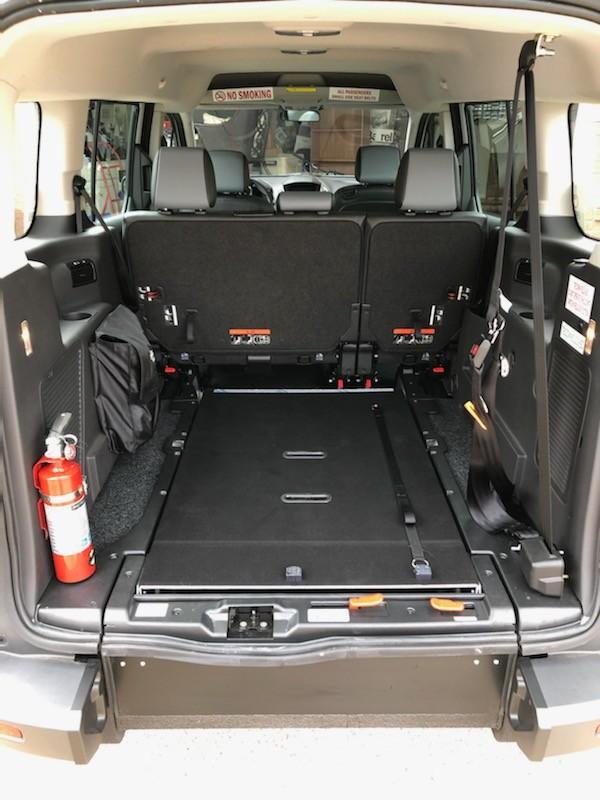 Ford Transit Connect Vehicle Image 12