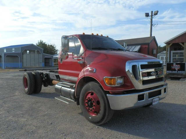 more details - ford super duty f-750