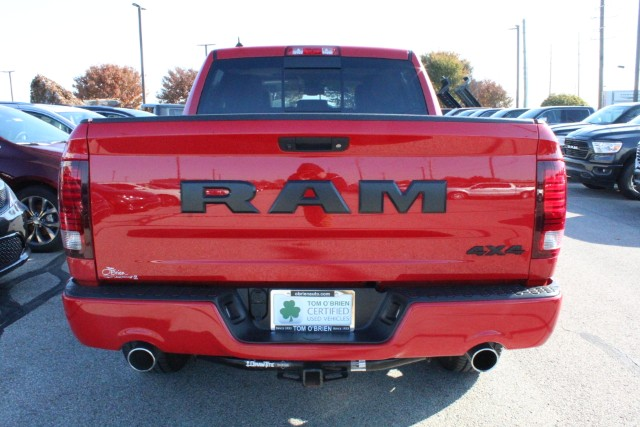 2017 RAM 1500 4WD Night Crew Cab photo