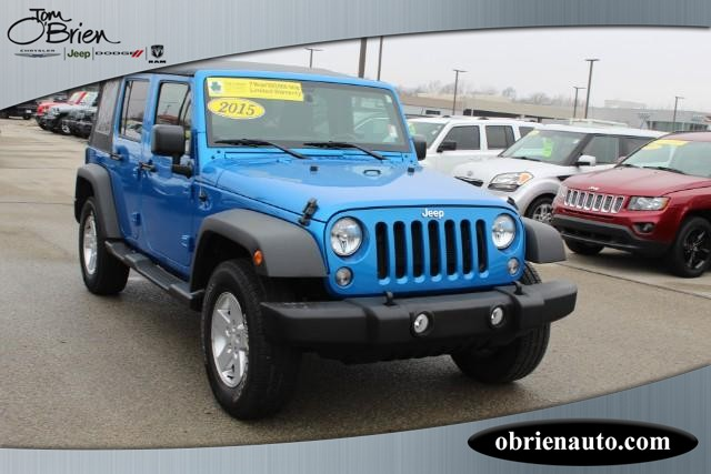The 2015 Jeep Wrangler Unlimited Sport photos