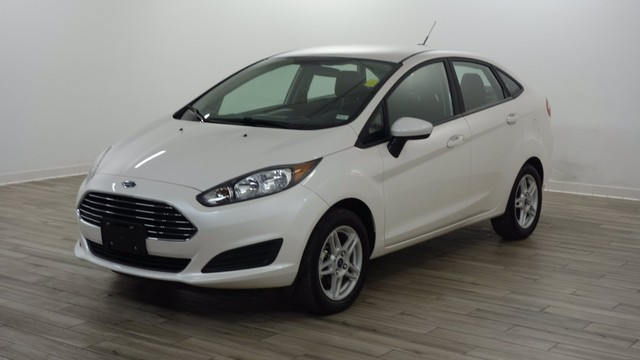 more details - ford fiesta sedan